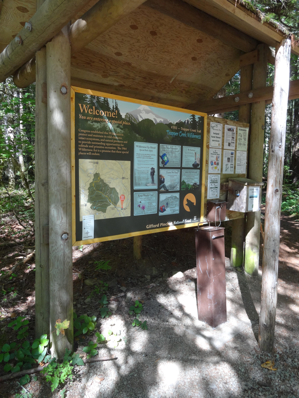 Region 6 Wilderness Trailhead Kiosk   Conservation By Design